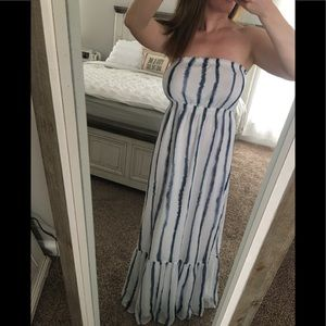 3/$20 SALE | Quicksilver Maxi